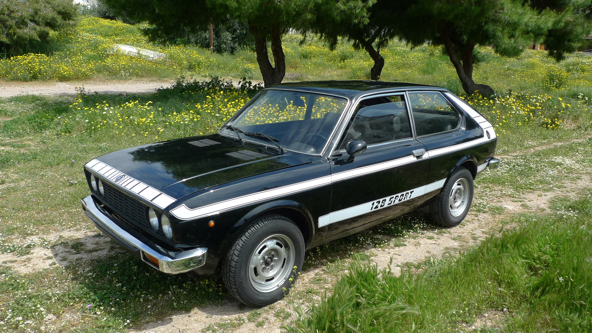 3 X Fiat 128 3P, models 1975, 76, 79 For Sale (picture 2 of 6)