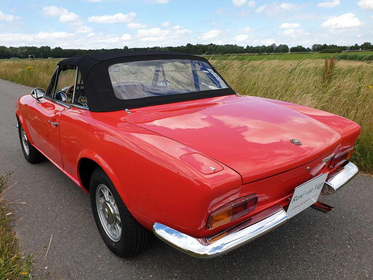 1969 Fiat 124 Spider Perfect crome bumper type SOLD (picture 2 of 6)