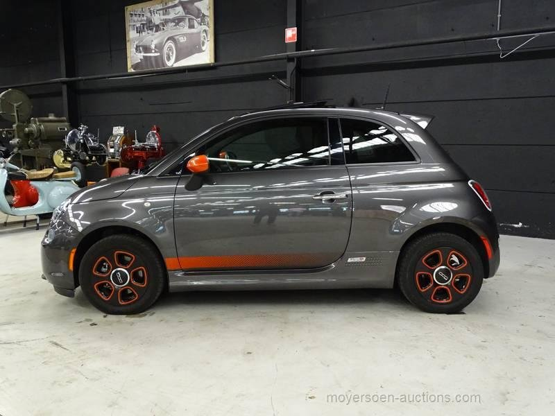 2015 FIAT 500E For Sale by Auction (picture 2 of 6)