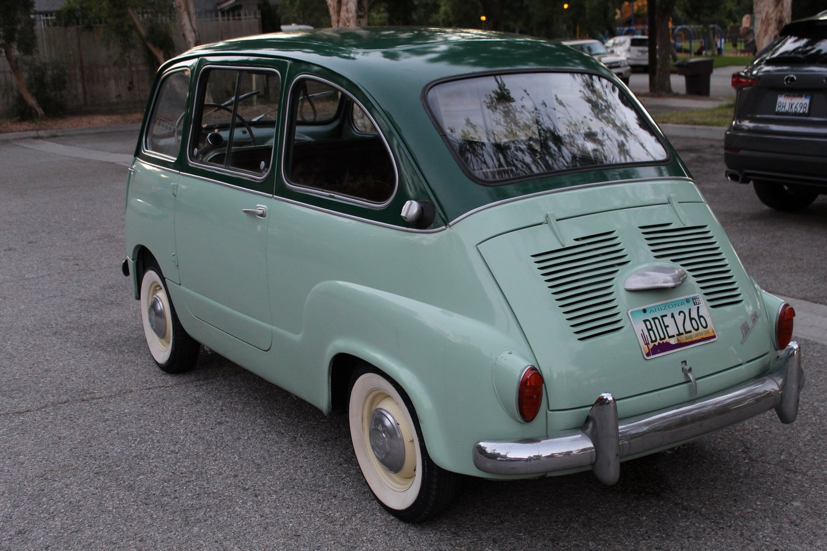 1957 FIAT 600 SOLD (picture 2 of 6)