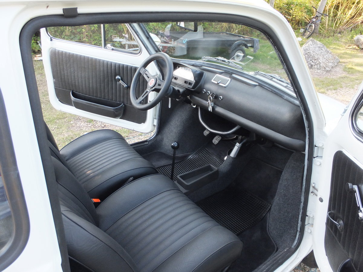 1973 Classic Fiat 500 Lusso For Sale (picture 4 of 6)