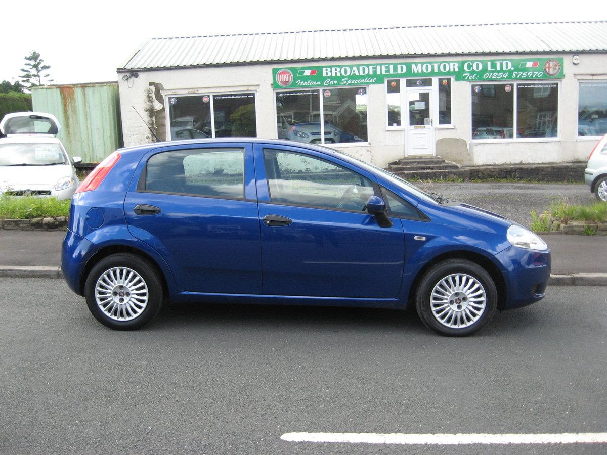 2009 59-reg Fiat Grande Punto 1.4 8v Active 5Dr manual in bl For Sale (picture 2 of 6)