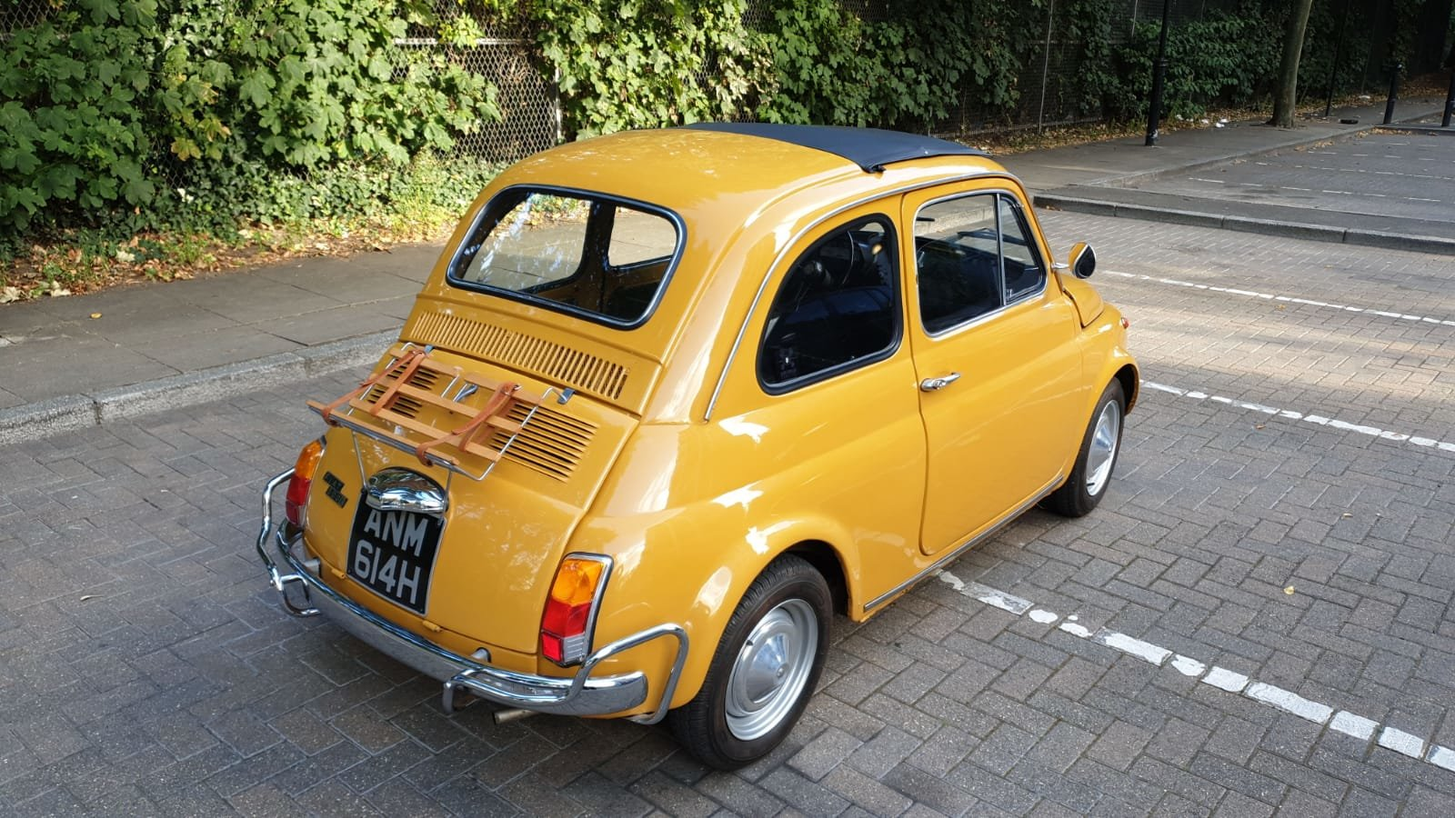 1970 Fiat 500 Ultra clean inside and out For Sale (picture 1 of 6)