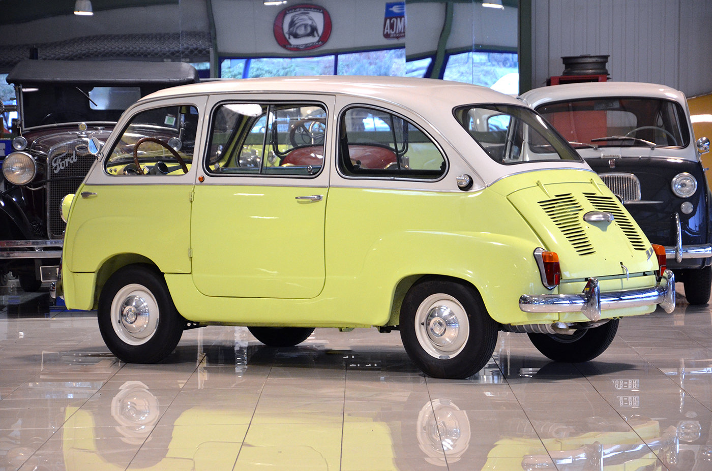 1964 - Fiat 600 D Multipla - Top condition - Fully restored SOLD (picture 2 of 6)