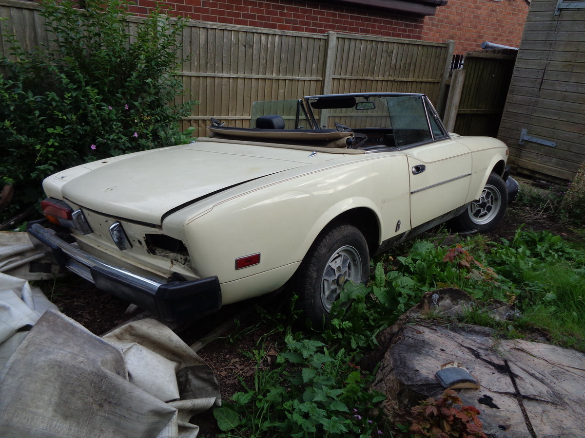 1979 fiat 124 spider 2.0i rustfree lhd project For Sale (picture 5 of 6)