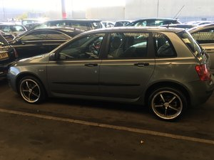 2005 Fiat stilo perfect long mot tax