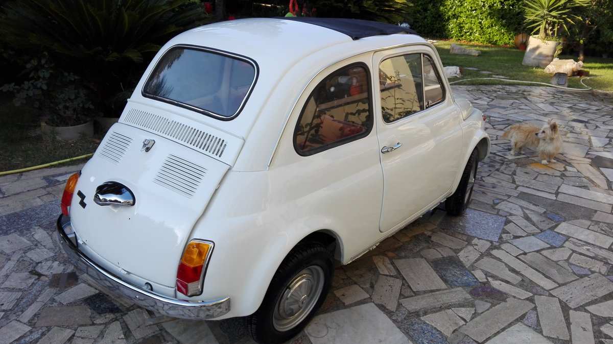 1971 Fiat 500 L white with red interior For Sale (picture 4 of 10)