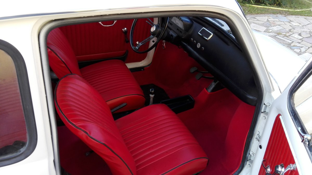 1971 Fiat 500 L white with red interior For Sale (picture 5 of 10)