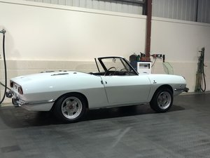 Fiat Spyder 850.  1971 - Bertone design.  Superb condition. For Sale