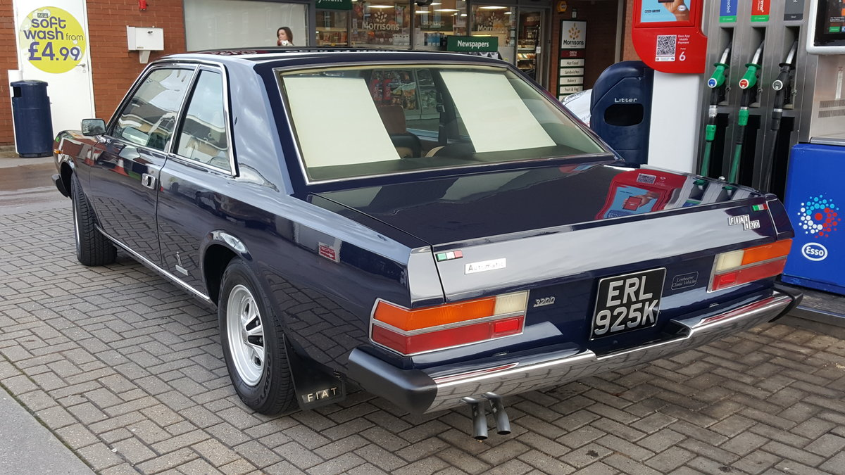 1972 Fiat 130 coupe, multiple show winning concours vehicle For Sale (picture 3 of 6)