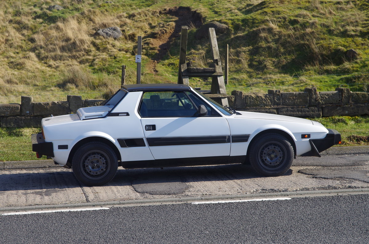 1988 Bertone Fiat X1/9 1500  SOLD (picture 2 of 6)