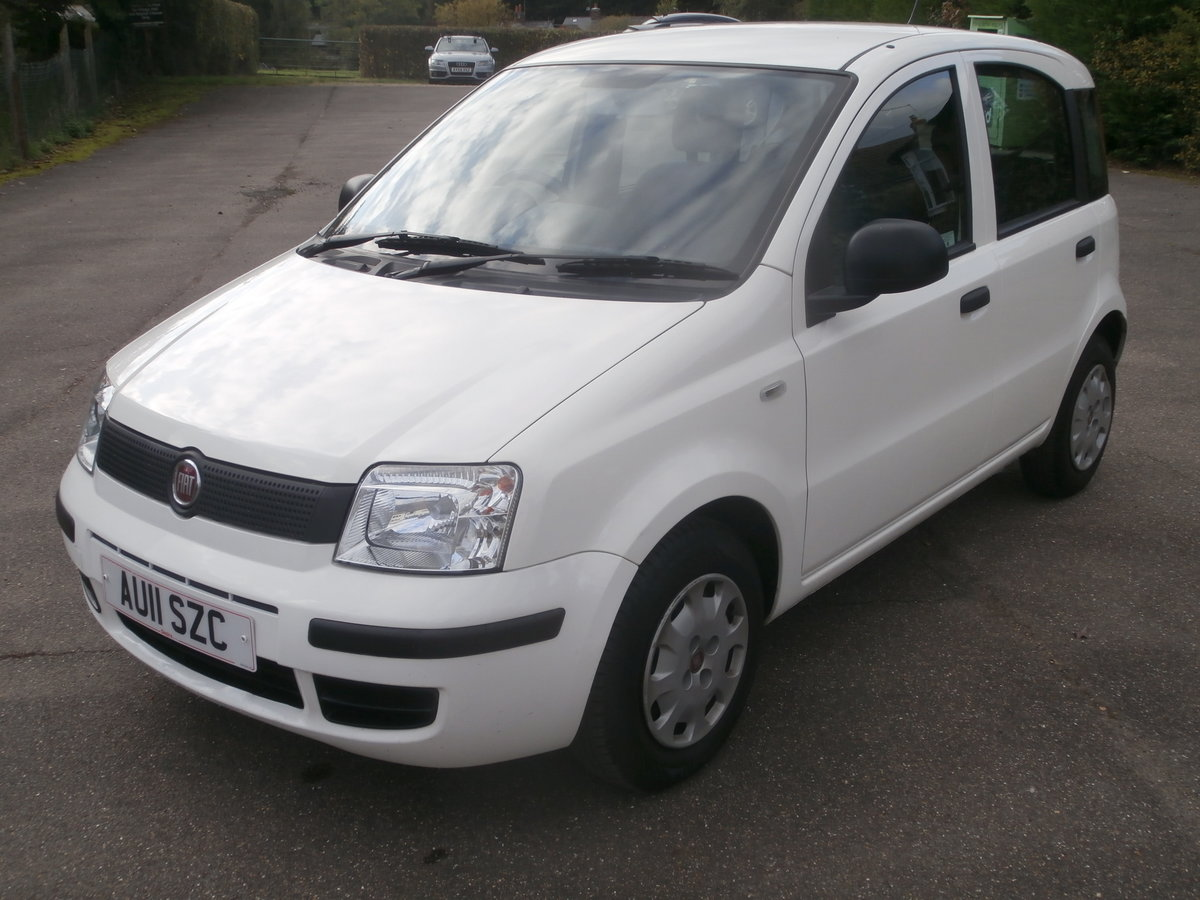 2011 Fiat panda 1.1 active,only 14000 miles,fsh For Sale (picture 1 of 6)