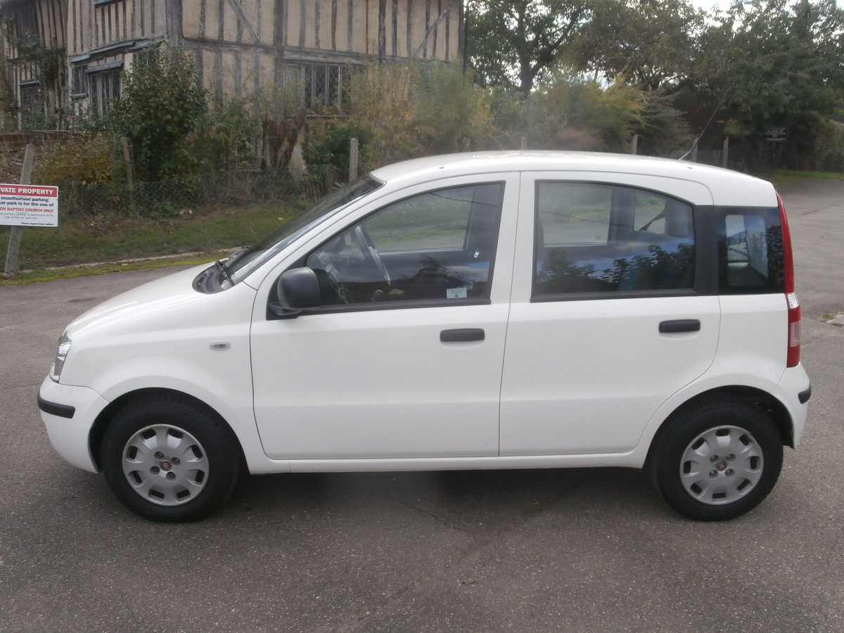 2011 Fiat panda 1.1 active,only 14000 miles,fsh For Sale (picture 3 of 6)