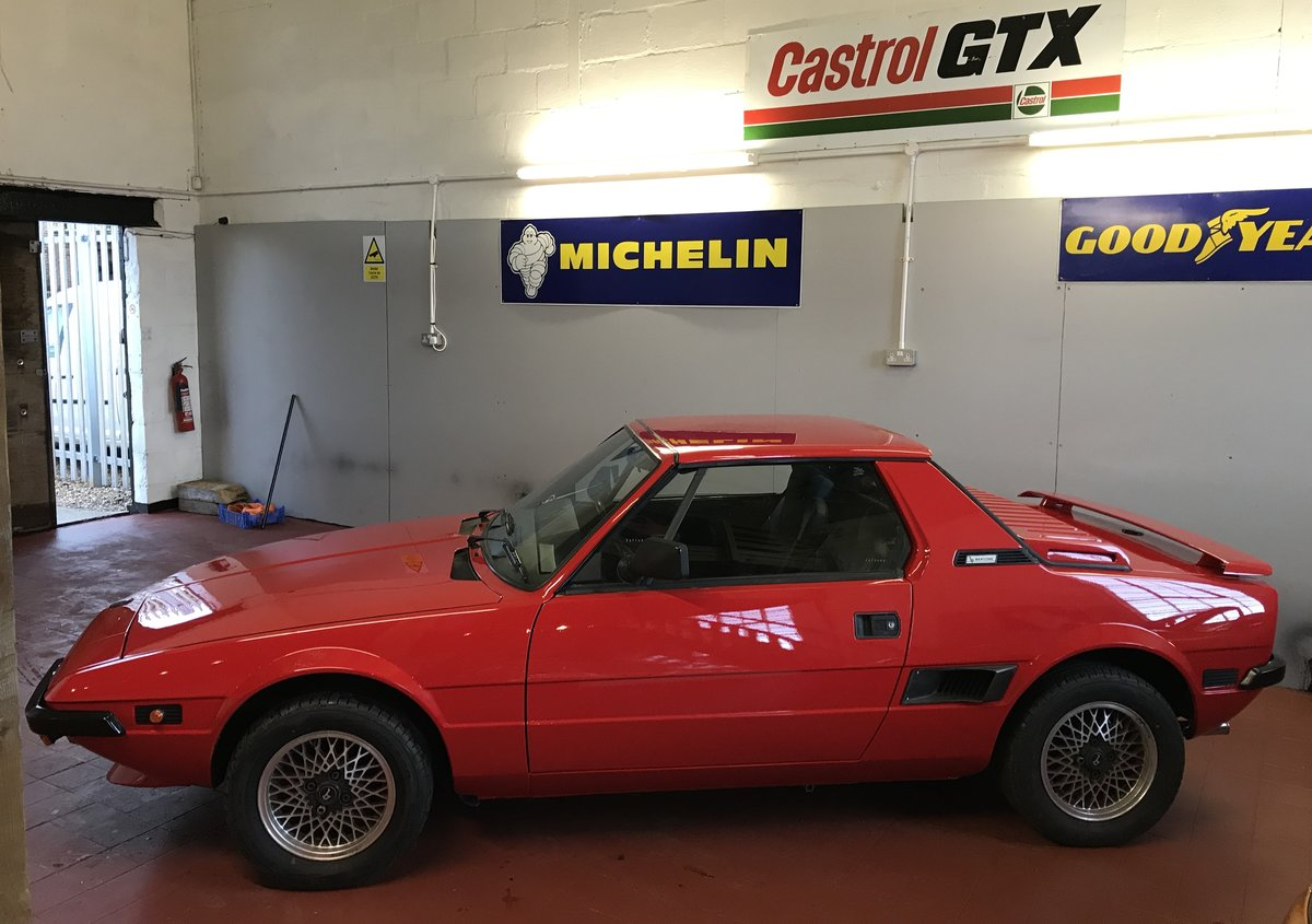 1988 Fiat Bertone X1/9 SOLD (picture 2 of 6)