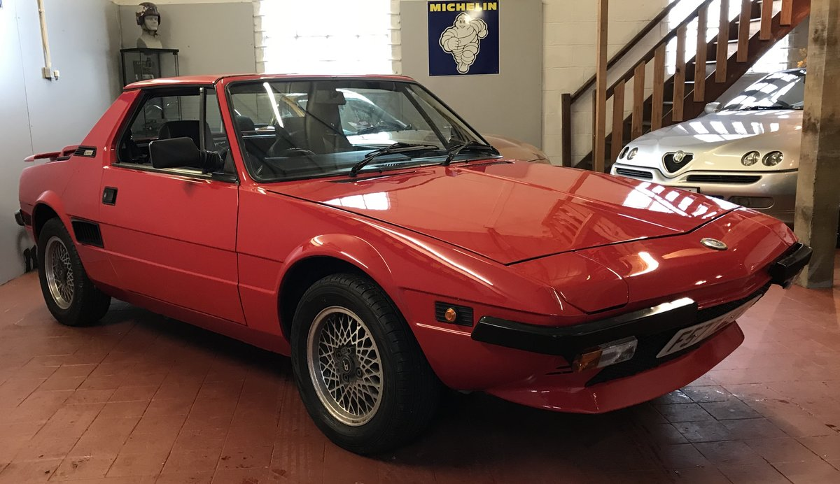 1988 Fiat Bertone X1/9 SOLD (picture 5 of 6)