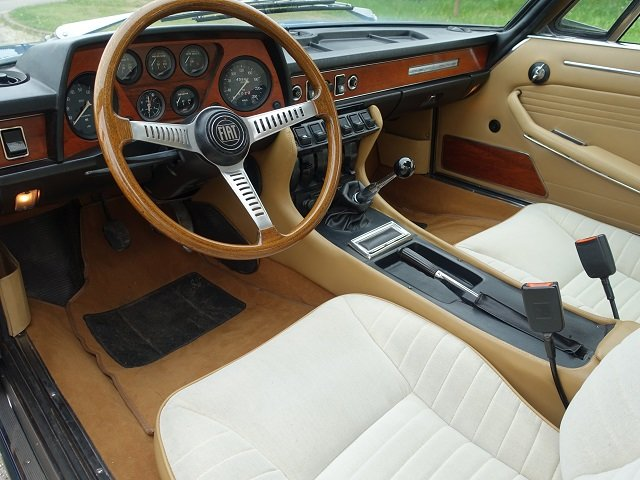 1971 Fiat Dino 2400 Coupe - Fully Restored - UK Registered For Sale (picture 4 of 6)