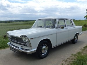 Fiat 2300 - Rare Saloon in original shape