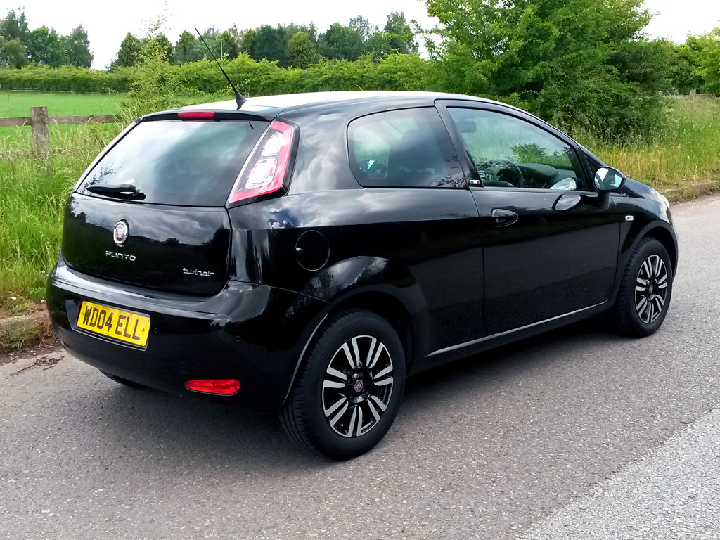 2012 FIAT PUNTO 0.9 TWINAIR | 49000 MILES | ZERO ROAD TAX For Sale (picture 3 of 6)