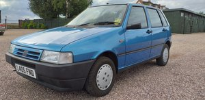 1993 Fiat Uno 1.1 I.e. 38,000 miles, for repair.