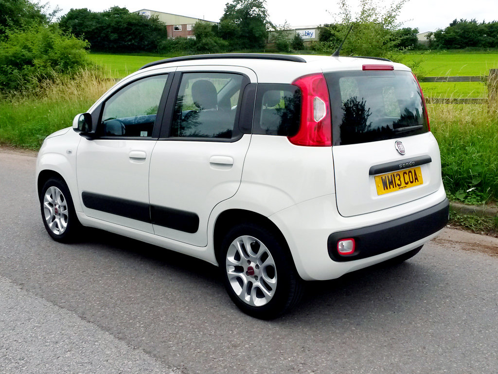 2013 FIAT PANDA 1.2 LOUNGE | ONLY 10000 MILES For Sale (picture 4 of 6)