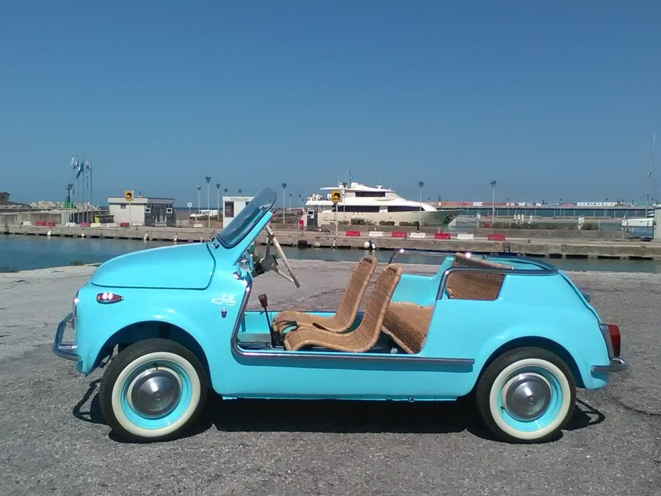 1969 CONVERTED Fiat 500 Vintage Model :  Holyday  BEACH car  For Sale (picture 1 of 6)