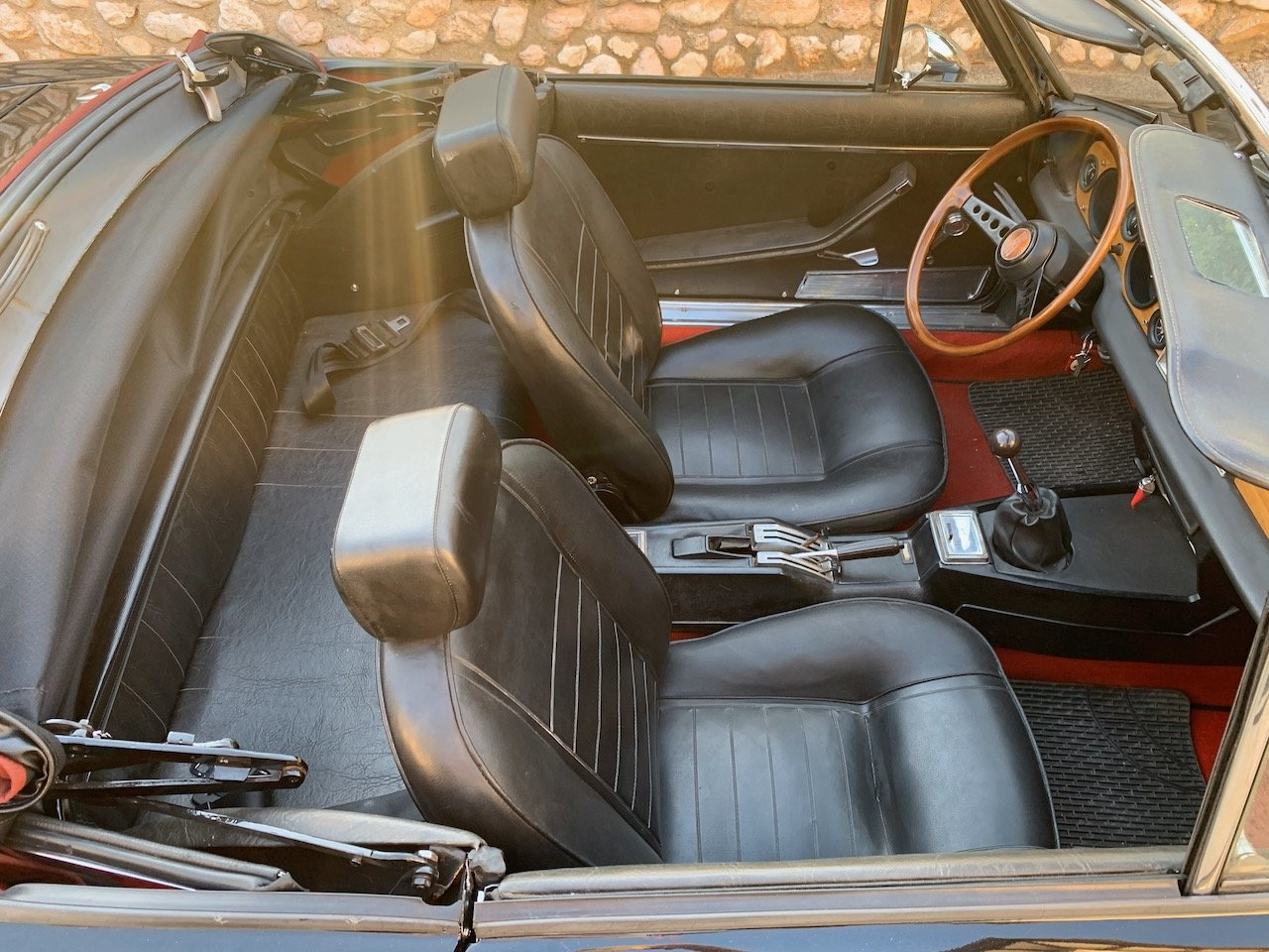 1971 Fiat 124 Sport Spider -  Restored & Stunning!  For Sale (picture 4 of 6)