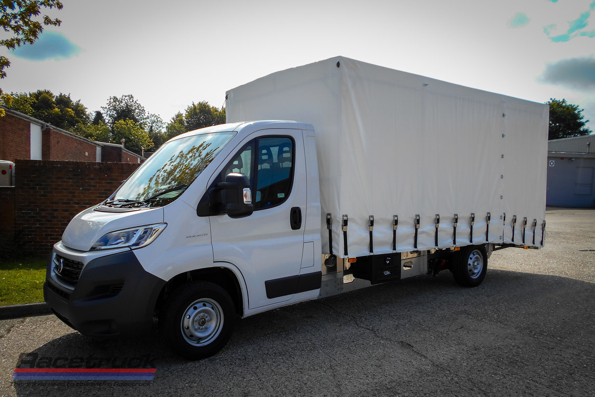 2021 Racetruck – Covered Car Transporter For Sale (picture 1 of 5)