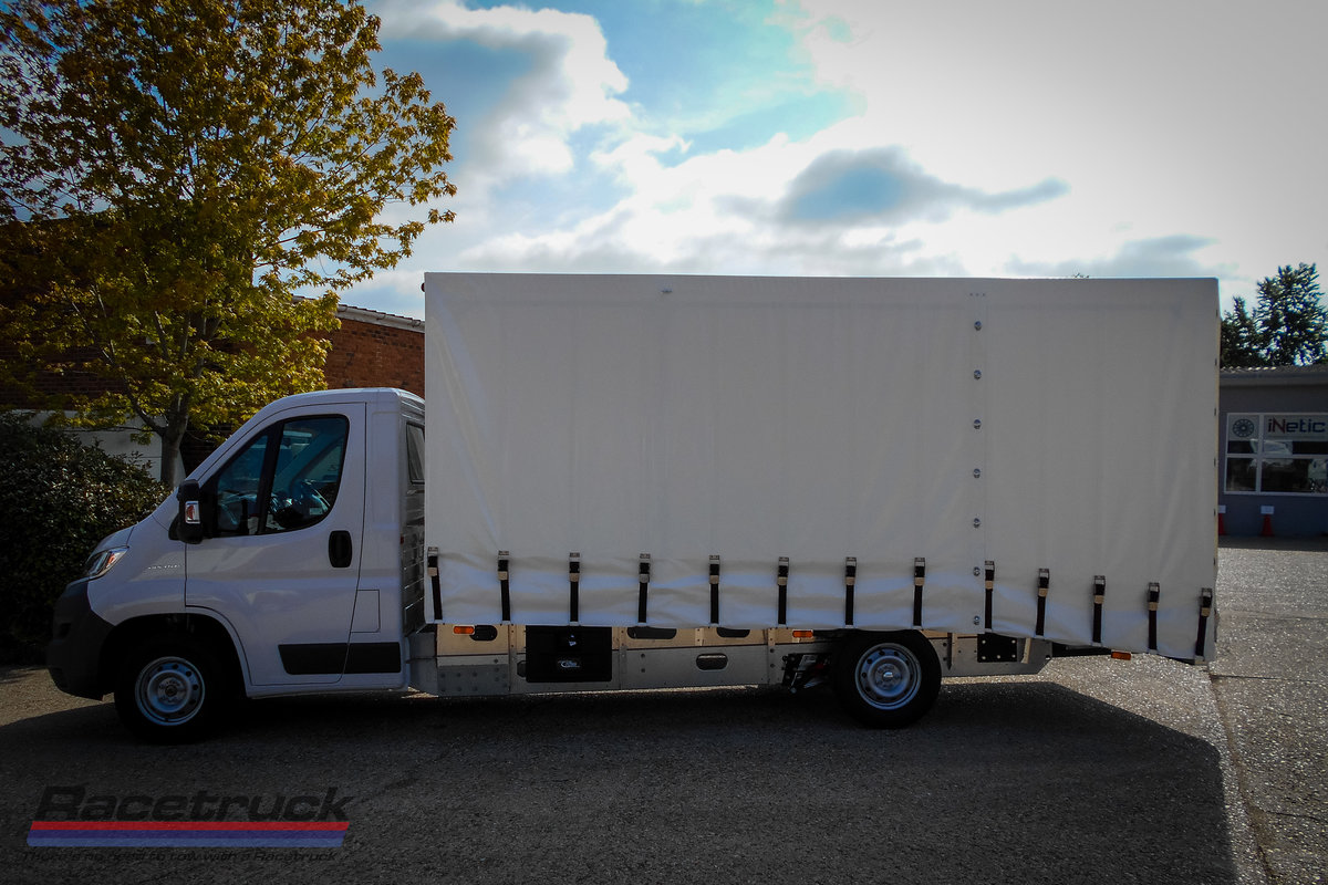 2021 Racetruck – Covered Car Transporter For Sale (picture 2 of 5)