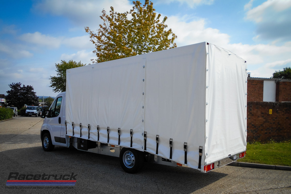 2021 Racetruck – Covered Car Transporter For Sale (picture 3 of 5)