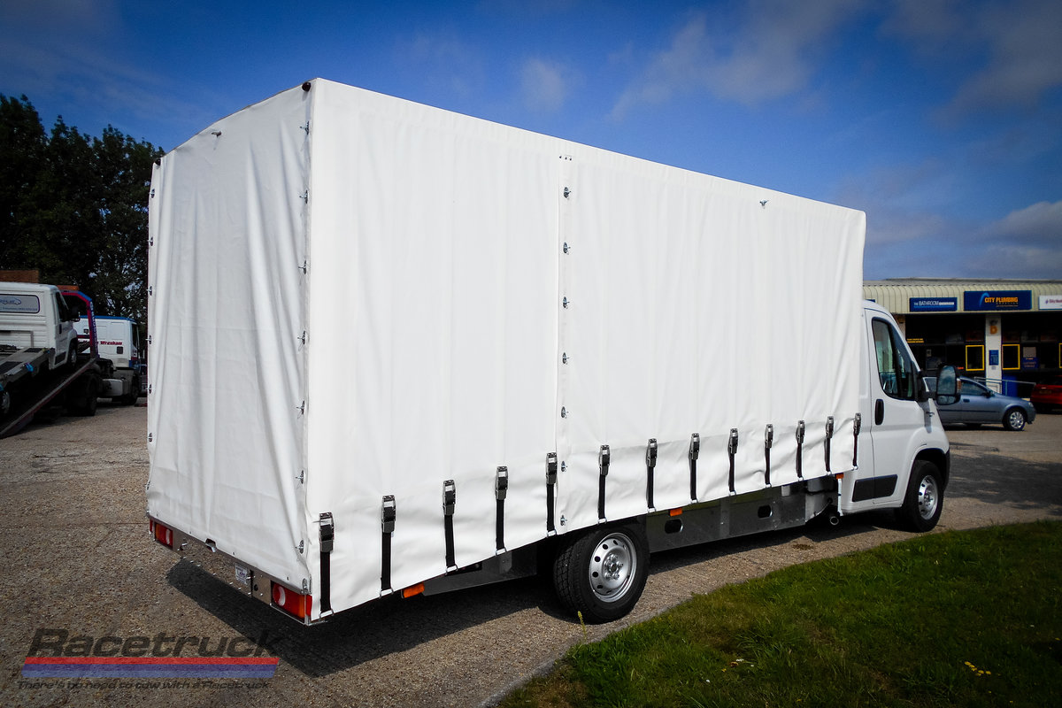 2021 Racetruck – Covered Car Transporter For Sale (picture 5 of 5)