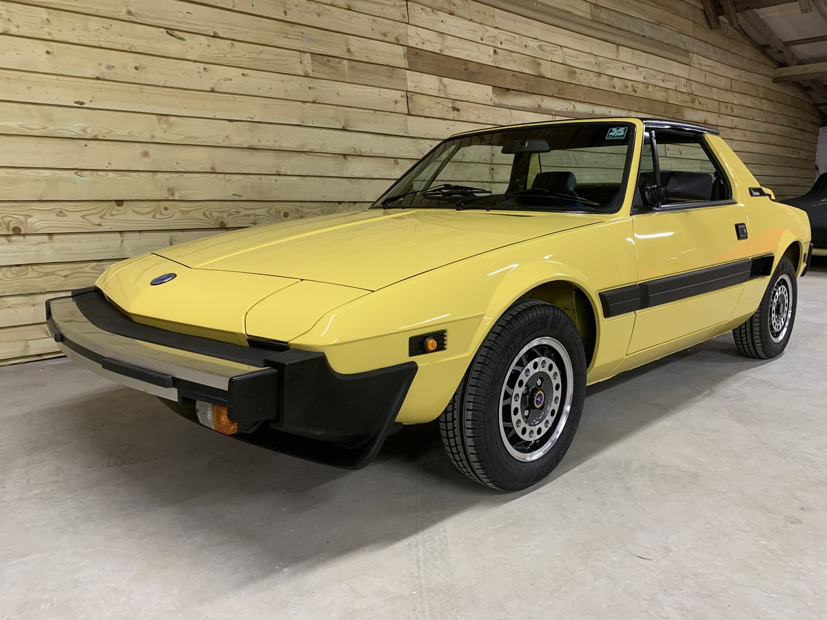 1988 FIAT X1/9 1500 BERTONE   NOW SOLD For Sale (picture 2 of 6)