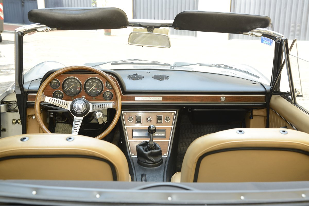 1972 Fiat dino spider 2400 For Sale (picture 4 of 6)