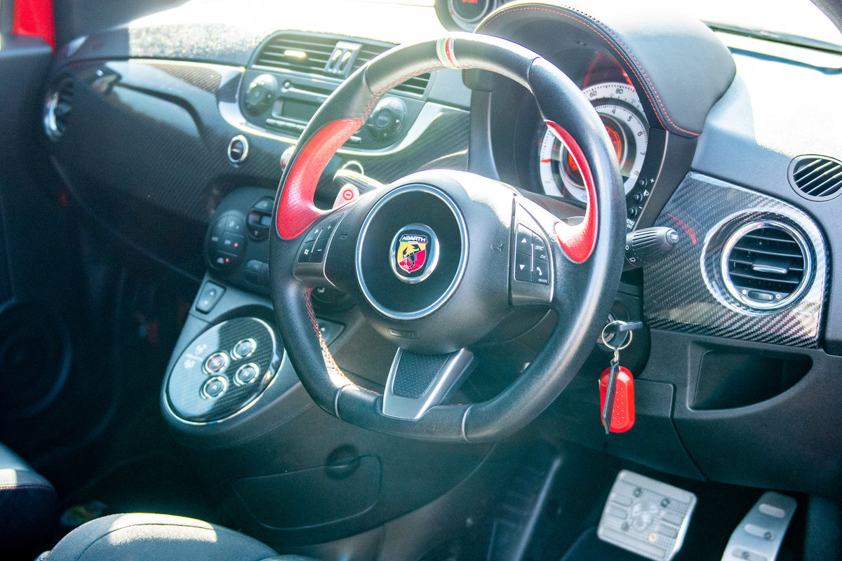 2010 Fiat Abarth 695 Tributo Ferrari (1 of 500 Worldwide) For Sale (picture 5 of 6)