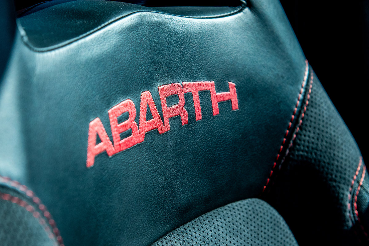 2010 Fiat Abarth 695 Tributo Ferrari (1 of 500 Worldwide) For Sale (picture 6 of 6)