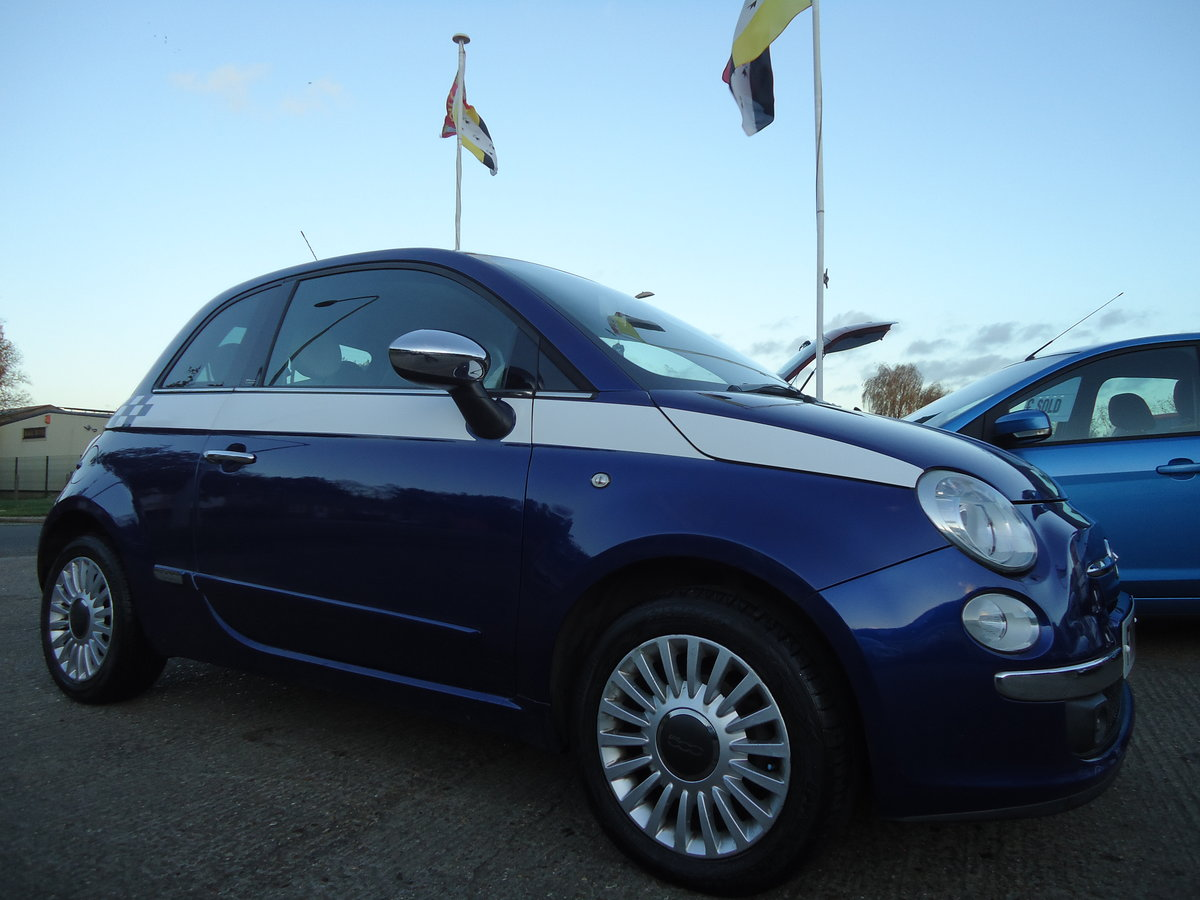2010 FIAT 500 1.4 LOUNGE - SIX SPEED MANUAL For Sale (picture 1 of 6)