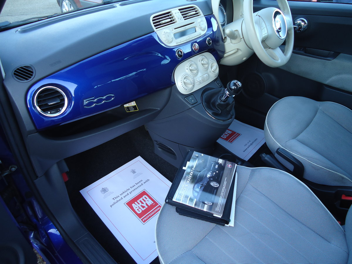 2010 FIAT 500 1.4 LOUNGE - SIX SPEED MANUAL For Sale (picture 4 of 6)