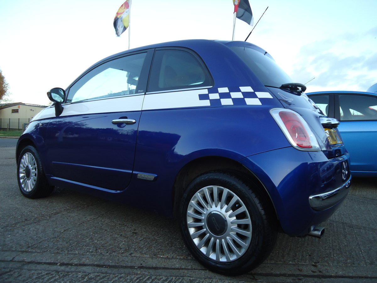2010 FIAT 500 1.4 LOUNGE - SIX SPEED MANUAL For Sale (picture 5 of 6)