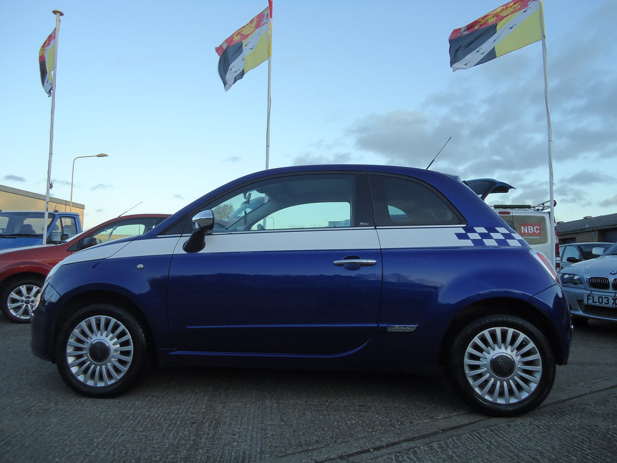 2010 FIAT 500 1.4 LOUNGE - SIX SPEED MANUAL For Sale (picture 6 of 6)
