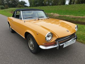 Picture of 1969 fiat 124 Spider  crome bumper For Sale