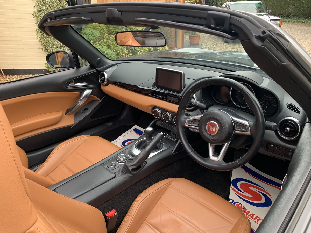 2016 Fiat 124 Spider Lusso Multiair Convertible-stunning fsh For Sale (picture 12 of 12)