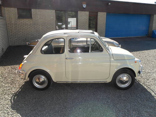 1969 Totally Original Fiat 500L For Sale (picture 3 of 6)