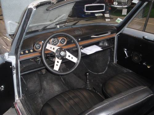 1971 Fiat 800 Vignale Spider For Sale (picture 3 of 6)