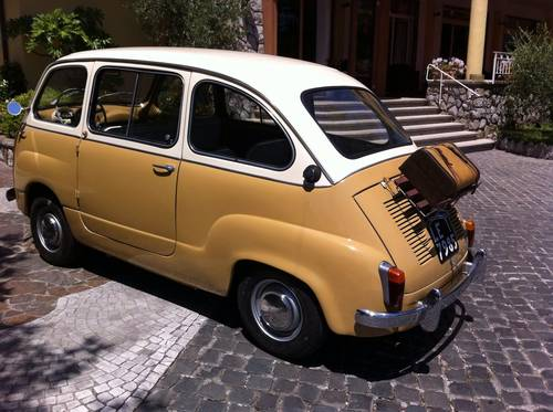 1957 Fiat 600D Multipla early FIRST SERIES Restored For Sale (picture 1 of 6)