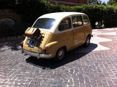 1957 Fiat 600D Multipla early FIRST SERIES Restored For Sale (picture 2 of 6)