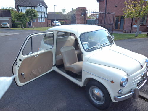 1962 Fiat 600 D 10200 km only totally original mint For Sale (picture 1 of 6)