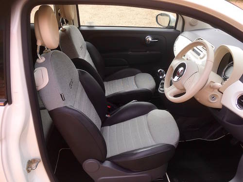 2013/63 FIAT 500C LOUNGE, 500 CONVERTIBLE - NEW PRICE SOLD (picture 3 of 6)