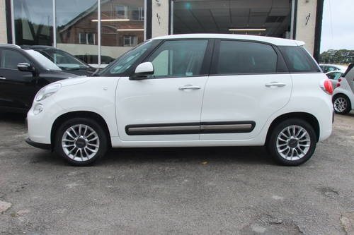 2014 FIAT 500L 1.6 MULTIJET LOUNGE 5DR, 5 Door MPV SOLD (picture 2 of 6)