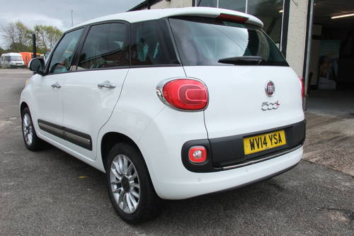 2014 FIAT 500L 1.6 MULTIJET LOUNGE 5DR, 5 Door MPV SOLD (picture 3 of 6)