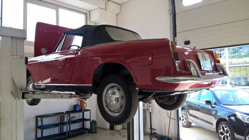 1963 Fiat 1500 Cabriolet in Good overall rust free condition For Sale (picture 1 of 6)