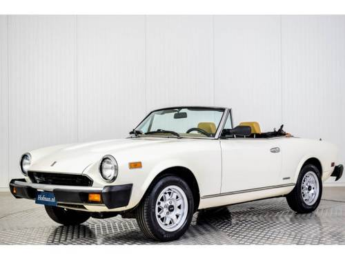 1983 Fiat 124 Pininfarina Spider Europe For Sale (picture 1 of 6)
